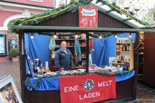 Bergisch Gladbach Weihnachtsmarkt.Akteure Der Spendenaktion Fluchtpunkt Bergisch Gladbach Am